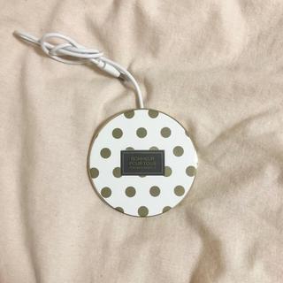 エレコム(ELECOM)のワイヤレス充電器 ドット ゴールド(バッテリー/充電器)
