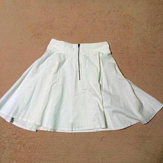 シマムラ(しまむら)のホワイト フレアスカート♡(ひざ丈スカート)