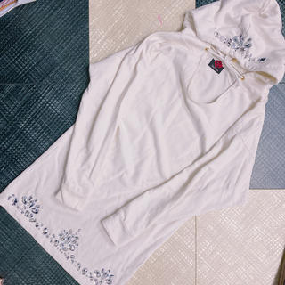 DaTuRa - DaTuRa フード ビジュー パーカーワンピース ホワイト 白