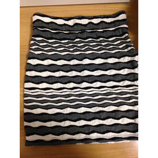 エイチアンドエム(H&M)のh&mのタイトスカート(ミニスカート)