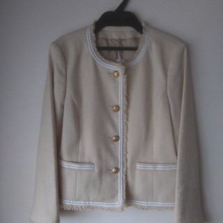 アナイ(ANAYI)の新品タグ付きアナイのジャケット(ノーカラージャケット)
