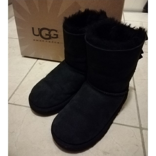 UGG - ●UGGリボンブーツ ブラック18.5cm