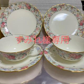 ノリタケ(Noritake)のノリタケ ペアティーカップ&ソーサー&ケーキ皿(グラス/カップ)