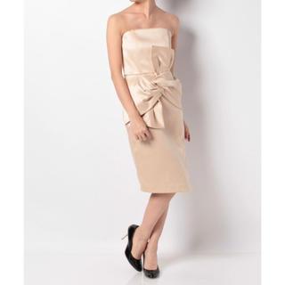ラグナムーン(LagunaMoon)の【LAGUNAMOON】美品 Ladyベアツイストラップドレス(ミディアムドレス)