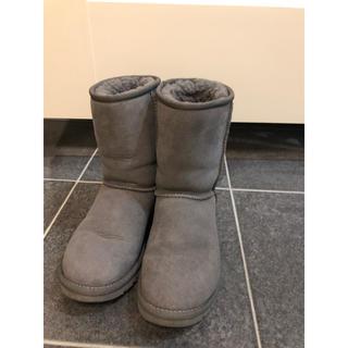 アグ(UGG)のUGG ムートンブーツ グレー サイズ5 22センチ(ブーツ)