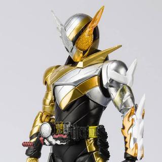 BANDAI - 仮面ライダー ビルド s.h.figuarts ラビットドラゴン フィギュアーツ