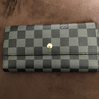LOUIS VUITTON - VUITTON 財布
