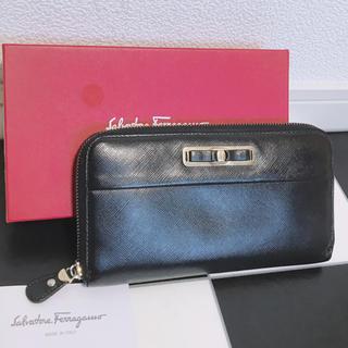 Salvatore Ferragamo - 《美品》Ferragamo(フェラガモ)長財布