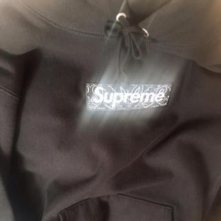 Supreme - 着用数回 Supreme bandana box logo フーディ L