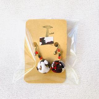 イヤリング アフリカ布 ハンドメイド バオバブ神戸 1ペア当たりのお値段です(イヤリング)