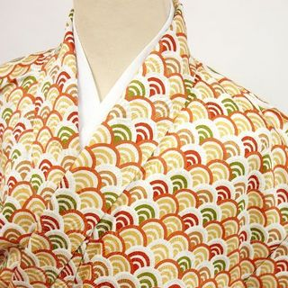 中古美品 小紋 青海波模様 おしゃれな八掛 金糸使用☆521128(着物)
