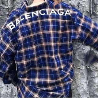 Balenciaga - バレンシアガロゴシャツ