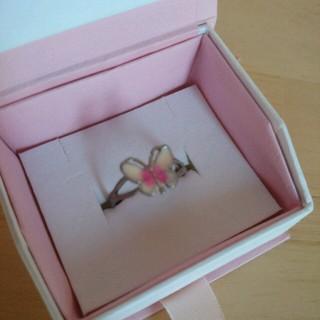 蝶々リング (,,• •,,)♥(リング(指輪))