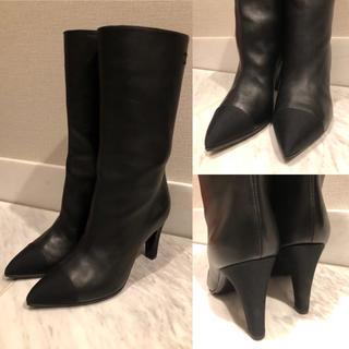 シャネル(CHANEL)のCHANEL シャネル ミドル丈 ブーツ 19AW 36 黒 未使用に近い美品(ブーツ)