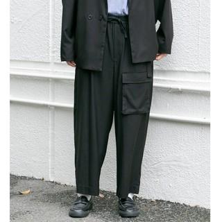 フーズフーギャラリー(WHO'S WHO gallery)のポケットイージーワイドパンツ(ワークパンツ/カーゴパンツ)