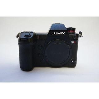 美品 Lumix S1R ミラーレスカメラ 一眼 DC-S1R(ミラーレス一眼)