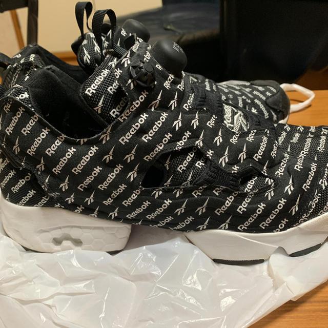 Reebok(リーボック)のreebok インスタポンプヒューリー メンズの靴/シューズ(スニーカー)の商品写真