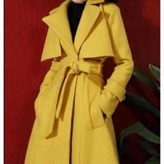 ジョンローレンスサリバン(JOHN LAWRENCE SULLIVAN)の黄色 チェスターコート(トレンチコート)
