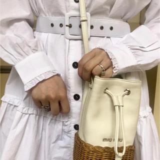 ロキエ(Lochie)のepine フリルワンピース ホワイト(ひざ丈ワンピース)