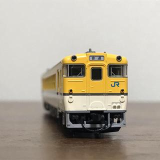 タカラトミー(Takara Tomy)のTOMIX 9439 キハ40系 2000形 広島色 M車(鉄道模型)