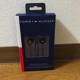 トミーヒルフィガー(TOMMY HILFIGER)の【新品・未使用】Tommy Hilfiger US限定販売イヤホン(ヘッドフォン/イヤフォン)