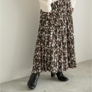 LOWRYS FARM - ローリーズファーム 花柄プリーツスカート
