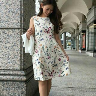 STRAWBERRY-FIELDS - ストロベリーフィールズ☆花柄ワンピース ホワイト