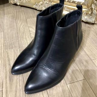 【本革ショートブーツ】24cm/ブラック/超美品/レディース(ブーツ)