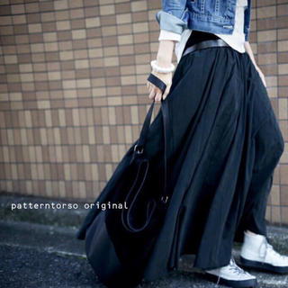 antiqua  たっぷりボリューム デザインスカート /ブラック