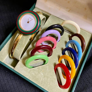 Gucci - GUCCI チェンジベゼル Mサイズ レディース腕時計