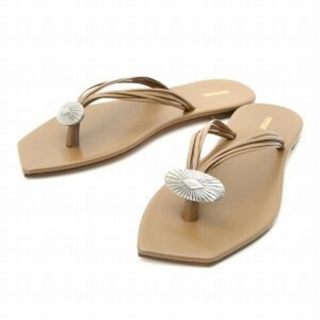 DEUXIEME CLASSE(ドゥーズィエムクラス)のPippi chic ピッピシック コンチョトングサンダル  レディースの靴/シューズ(サンダル)の商品写真