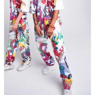 NIKE - イギリスブランド 新作 ジョガーパンツ グラフィティ ホワイト 白 派手