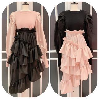 lilLilly - ☆新品未使用品☆lilLily サテンフリルスカート(black)