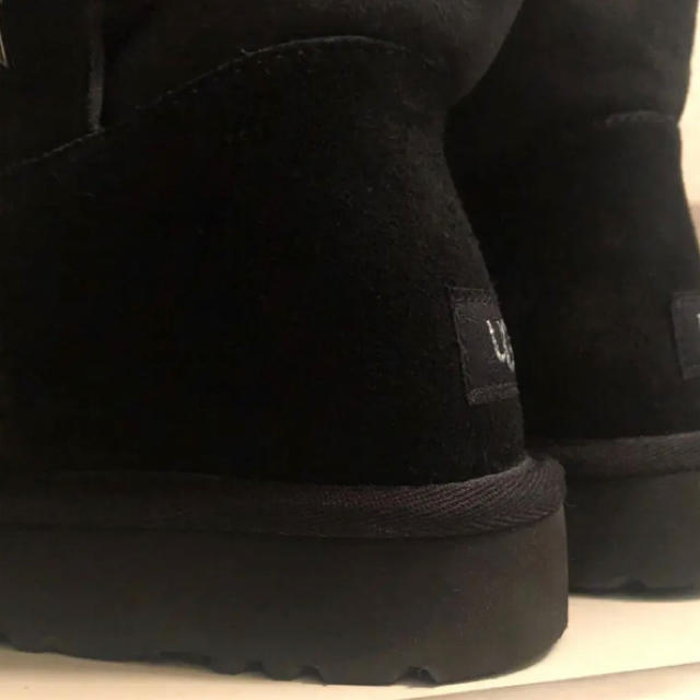 UGG(アグ)のUGG ムートンブーツ ミニベイリースター レディースの靴/シューズ(ブーツ)の商品写真