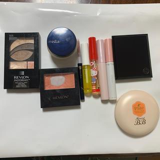 レブロン(REVLON)の化粧品まとめ売り レブロン、キャンメイク、メディア等(チーク)