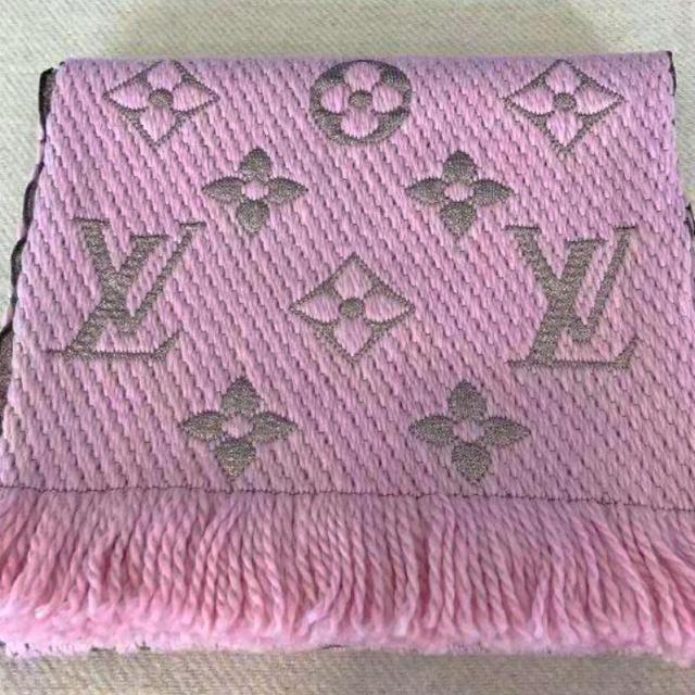 LOUIS VUITTON(ルイヴィトン)のルイ・ヴィトン マフラー レディースのファッション小物(マフラー/ショール)の商品写真