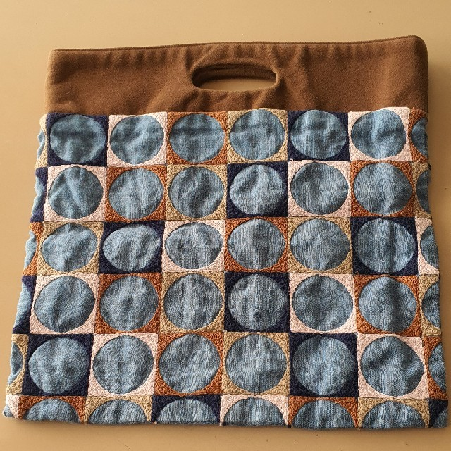mina perhonen(ミナペルホネン)のミナペルホネン flag bag pallo レディースのバッグ(ハンドバッグ)の商品写真