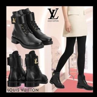 ルイヴィトン(LOUIS VUITTON)のヴィトン 美品 レザー ロゴ ブーツ(ブーツ)