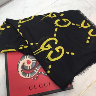 Gucci - ☆新品☆GUCCI ゴースト 大判ストール 黒x黄色