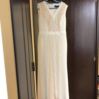 タダシショウジ(TADASHI SHOJI)のタダシショウジ 美品ロングドレス 白 M エスカーダお好きな方にも(ロングドレス)