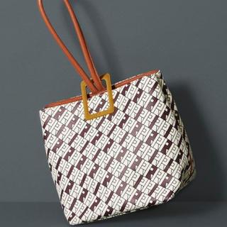 ロペ(ROPE)の新品ロペROPE' モノグラム柄ワンハンドルバッグ鞄キャメル(ハンドバッグ)
