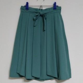セシール(cecile)のフレアスカート Sサイズ エメラルドグリーン(ひざ丈スカート)