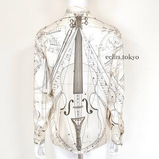 エルメス(Hermes)のエルメス バイオリン柄《シルク100%》ノーカラー ブラウス E1821(シャツ/ブラウス(長袖/七分))