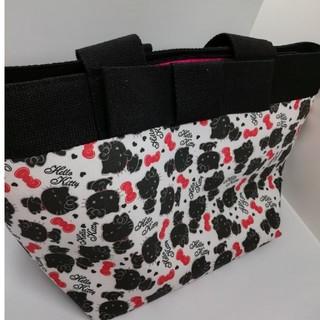サンリオ(サンリオ)のオトナキティ 布製 ハンドバッグ チャーム 大容量(ハンドバッグ)