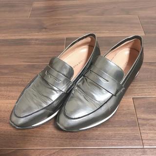 ファビオルスコーニ(FABIO RUSCONI)のファビオルスコーニ ポインテッドトゥ ローファー シルバー 36(ローファー/革靴)