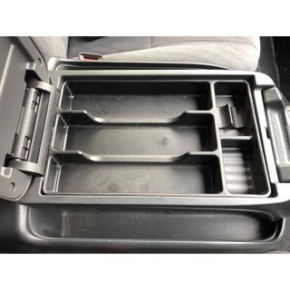 新品 ハイエース 200系 センターコンソールボックス トレイ ブラック(車内アクセサリ)