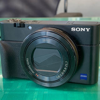 SONY - SONY DSC-RX100M5