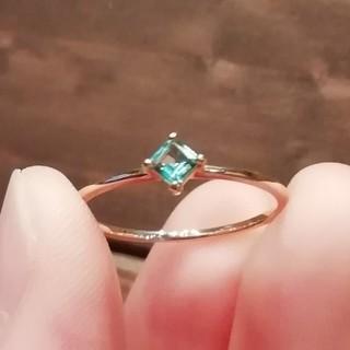 美品 K10 YG グリーンクォーツ プリンセスカット リング シンプル(リング(指輪))