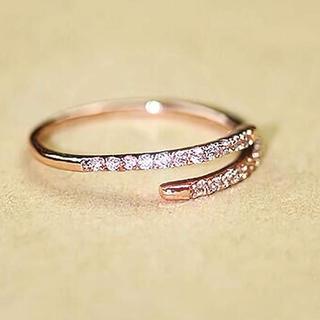SWAROVSKI - 金属アレルギー対応(色落ちしないリング)細身 婚約指輪 フリーサイズリング