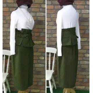 merlot - メルロー ベルト ペプラム付き ミリタリー ミモ丈 タイトスカート
